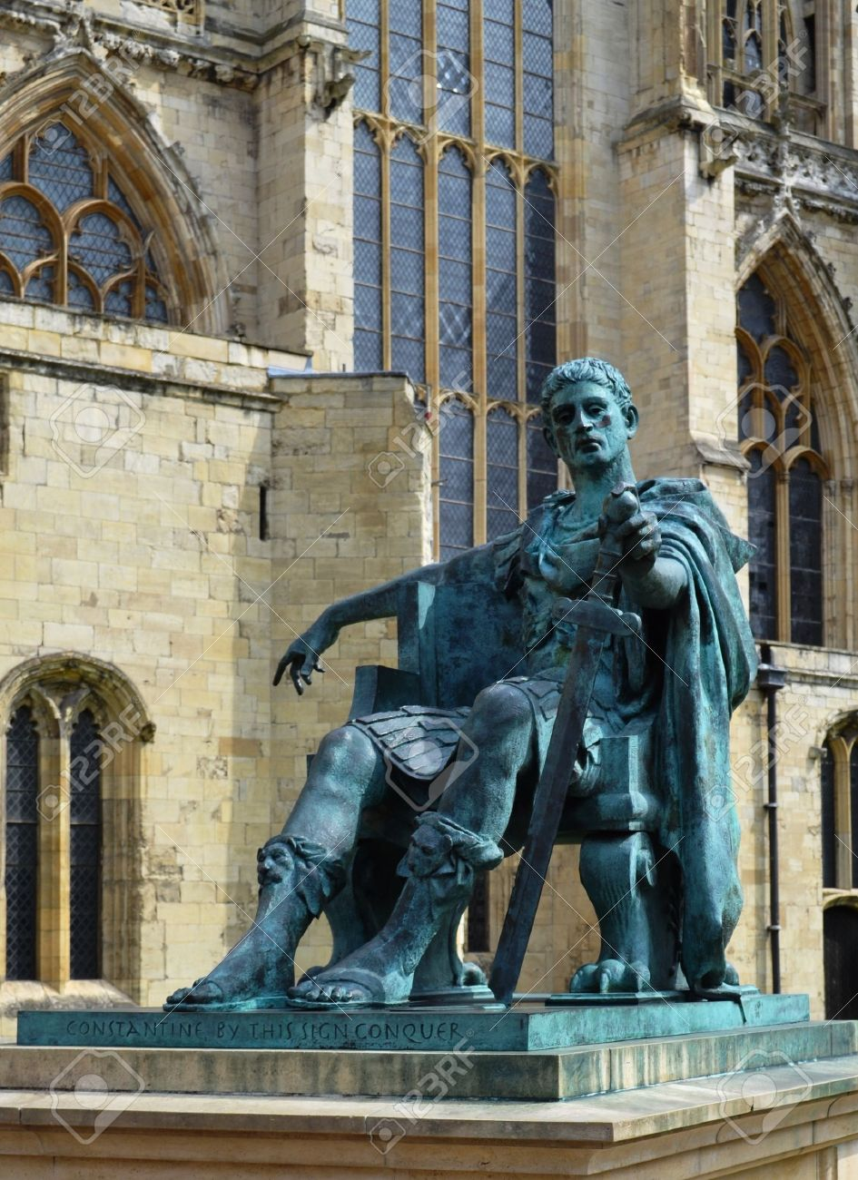 Statue of the young Constantine the Great in front of York Minster
